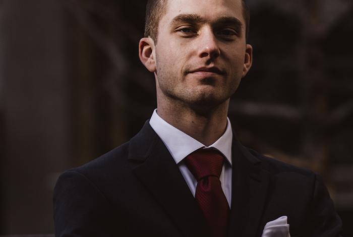 Biznis šatník: Radíme, ako si správne zaviazať kravatu